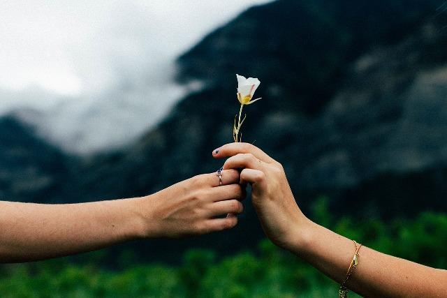 Życie w miłości bezwarunkowej na jawie i we śnie
